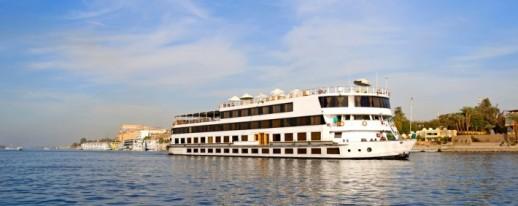 Deluxe Nile cruises